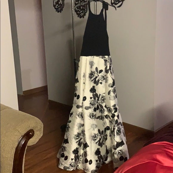 Alex Evenings Dresses & Skirts - A prom or any occasion wedding